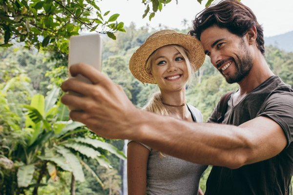 happy couple taking a selfie, Vision Correction Fortitude Valley